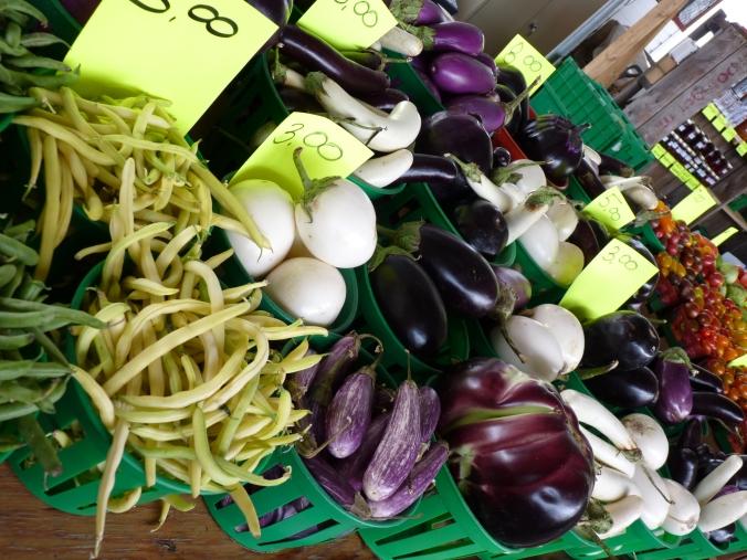 so schönes Gemüse und Obst, zum Reinbeißen