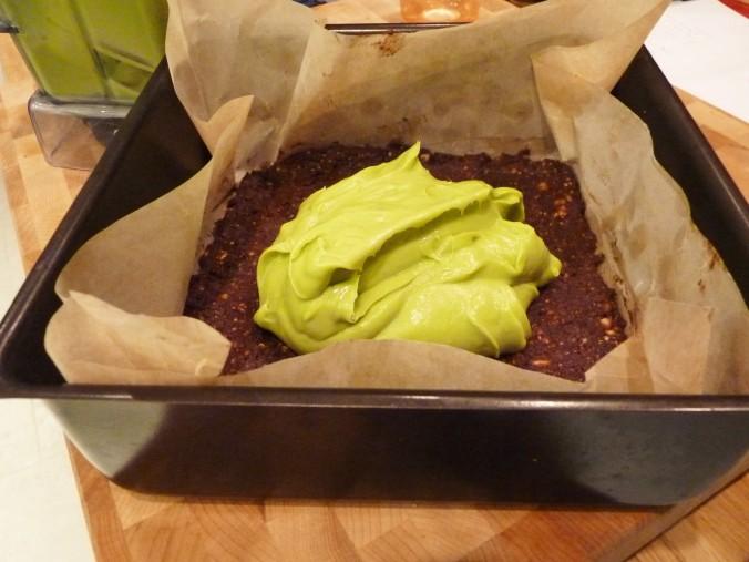 Avocado Mint auf Nussboden